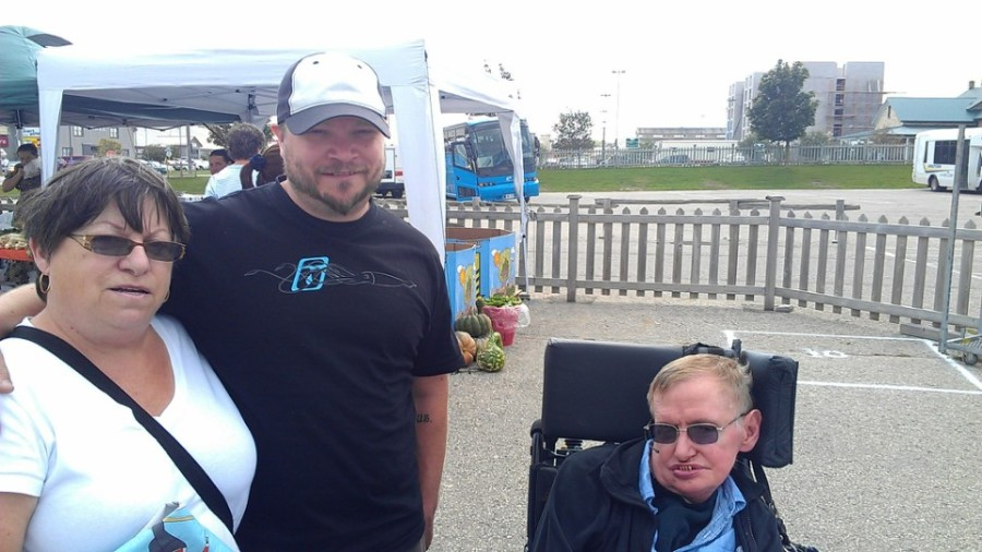 Here is a picture of my mother, myself and Stephen Hawking at a farmer's market in St. Jacobs Ontario.